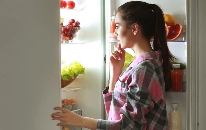 Comment tromper son cerveau pour manger moins ?